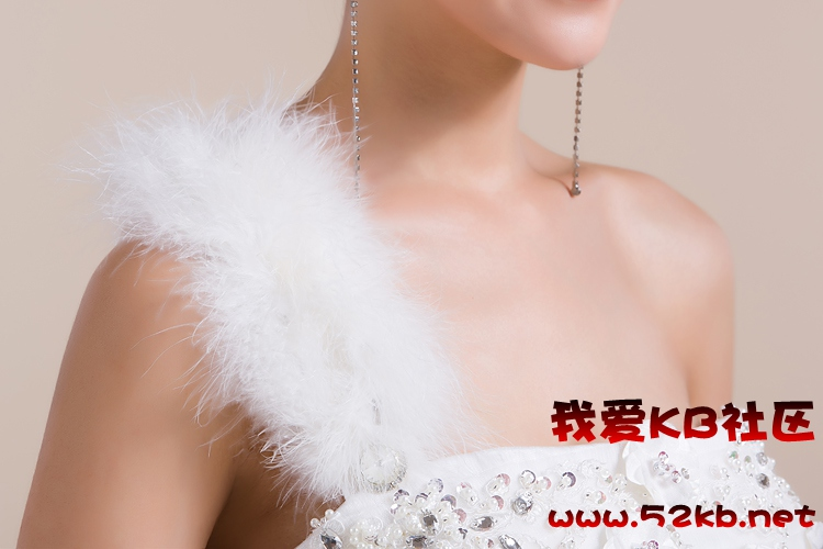 高贵公主齐地婚纱 双肩蓬蓬婚纱礼服