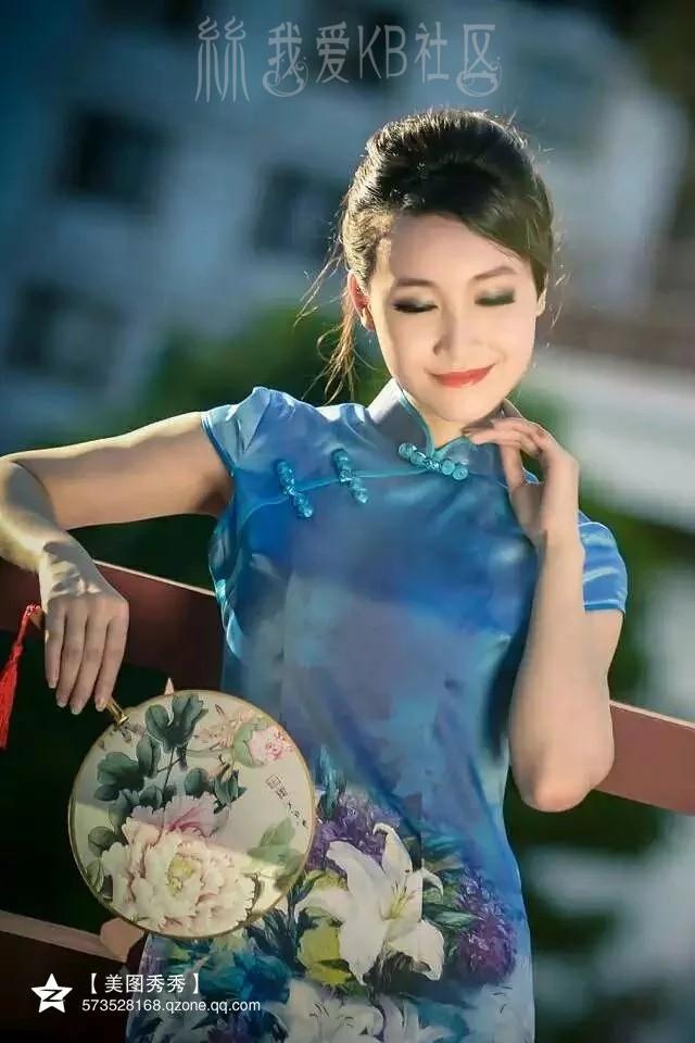 蓝色 旗袍 熟女