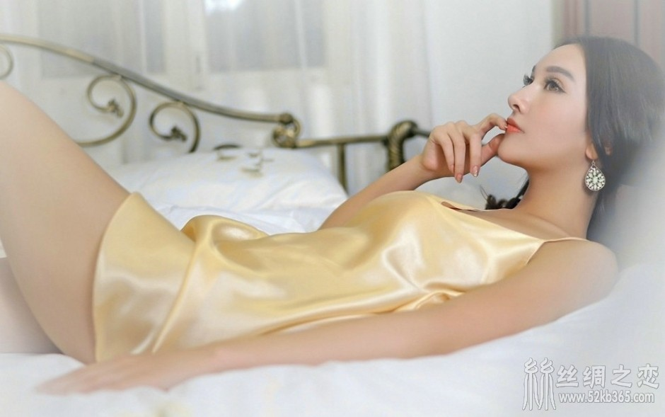 52kb 睡衣迷人美少妇气质居家妩媚风情私房写真图片 c0befc5872.jpg  丝绸物品爱好者 211149ppbv0o0a7n0e0vcq