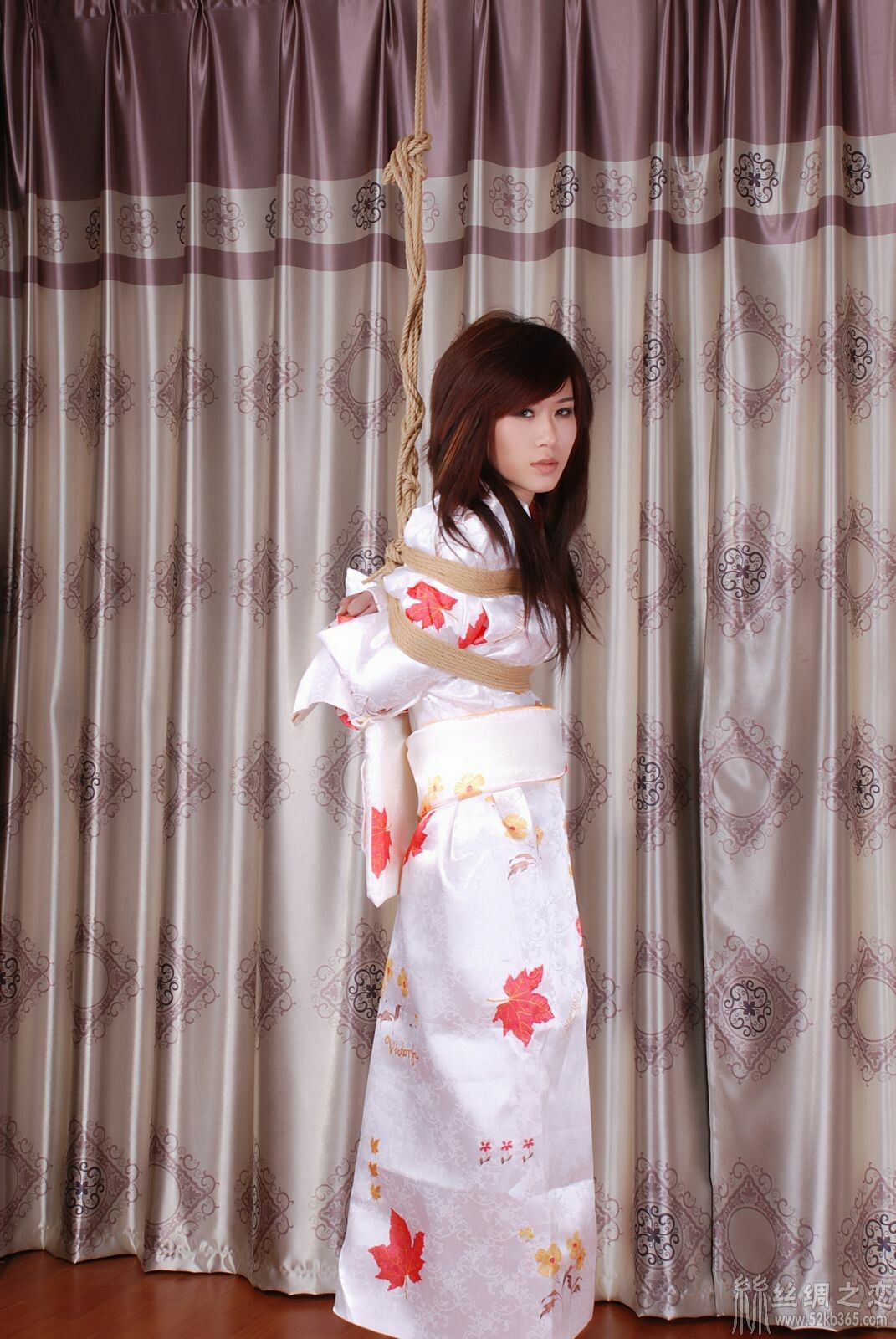 52kb 丝绸和服麻绳束缚02 bondage-kimono-59.jpg  丝绸物品爱好者 234950wo4tj4qqwqqmj6d1