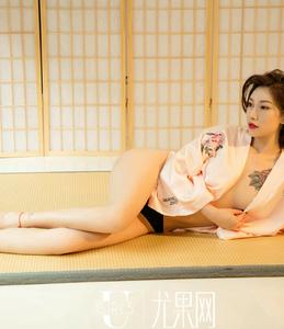 [Ugirls尤果网] U373 杜花花 粉色丝绸睡衣
