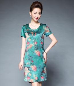2017夏装新款女装真丝缎印花气质优雅弧形下摆开叉设计短袖连衣裙