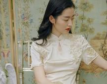 宫廷风 丝绸裙子