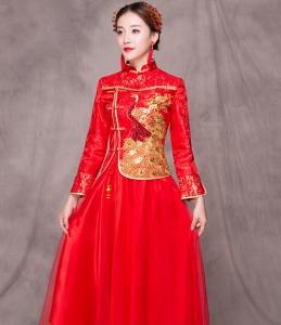中式礼服婚纱秀禾服新娘礼服嫁衣龙凤褂敬酒服秀和服拖尾2017新款