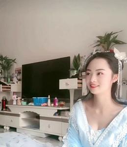 丝绸汉服美女居家拍摄02