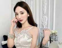 珍珠白蕾丝丝绸小礼服